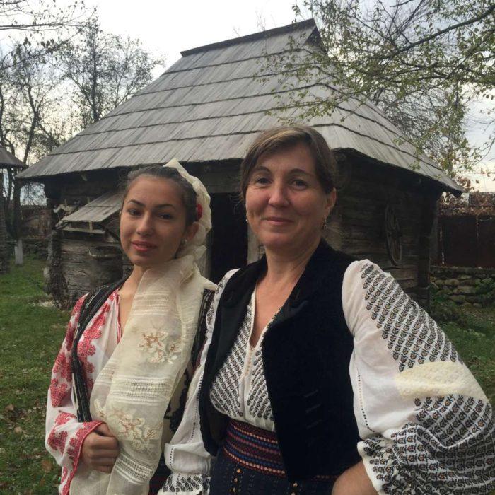 Ii româneşti tradiţionale